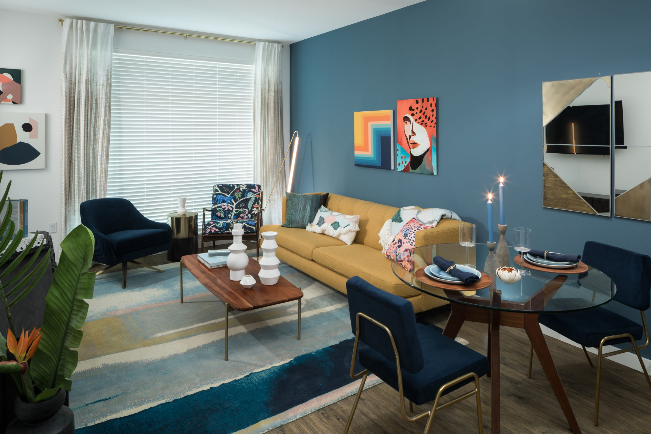 INT 01 Interior Living TCRA 4193 498